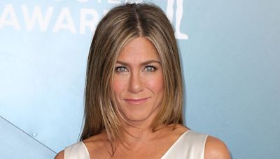 """Jennifer Aniston Explained How Therapy Helps Her Deal With The """"Tough Stuff"""" Of Being Famous"""