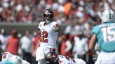 Tom Brady Throws 5 TDs as Bucs Improve to 4-1 with Win over Dolphins