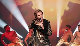 How Dan Stevens brought out his singing beast to rule Netflix's 'Eurovision Song Contest'