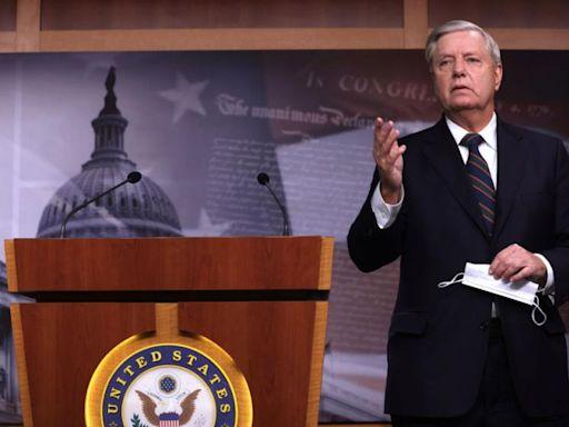 Lindsey Graham: Impeachment could 'destroy' GOP
