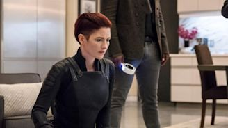 Supergirl recap: Kara's Valentine's Day is all (devoured) hearts and (marshmallow) roses