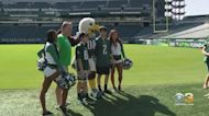 Philadelphia Eagles Honor Local First Responders Ahead Of 9/11