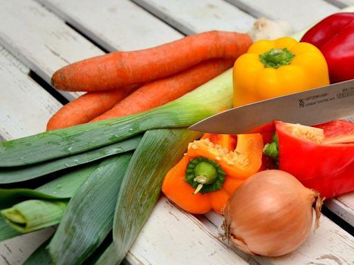 防疫6大食物不可少!專家曝「橘紅色蔬果」:護黏膜健康 | 新奇 | NOWnews今日新聞