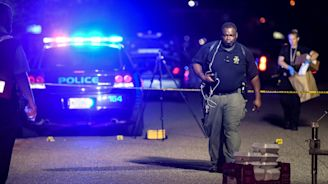 Police officer shot dead and six more officers wounded in South Carolina