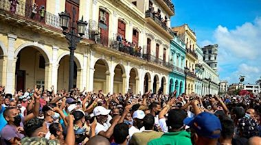 專家:古巴共產黨若垮台 或引多米諾骨牌效應