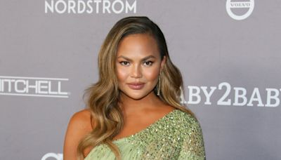 Chrissy Teigen reflects on 'defining moment' with a stranger after pregnancy loss