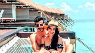 Honeymooners Stuck in Maldives Paid $6,000 for Flight Back Home to South Africa