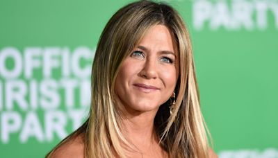 Jennifer Aniston Says One Rude 'Friends' Guest Star Acted 'Above' Being On Show