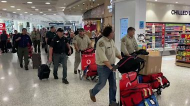 'Welcome Mate': Canadian Firefighters Arrive in Australia to Help Battle Bushfires