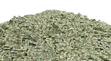 長期看好一檔基金,存了11年獲利近30%,一定要停利贖回嗎?