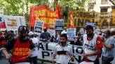 Argentina Raises Monthly Minimum Wage to $317 as Inflation Rises