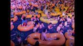 武漢開起大型水上派對/民眾無罩、肉貼肉開玩,網:武漢人群體免疫了?