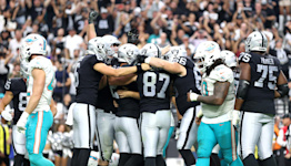Las Vegas Raiders 3-0 after topping Miami Dolphins in OT, 2 field goals to 1