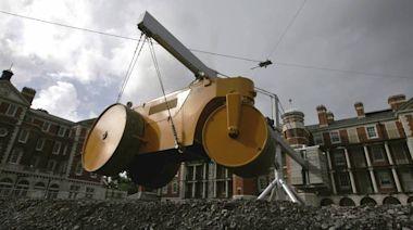 馬來西亞礦工偷電 千台礦機慘遭「壓路機」碾爆! - 自由財經
