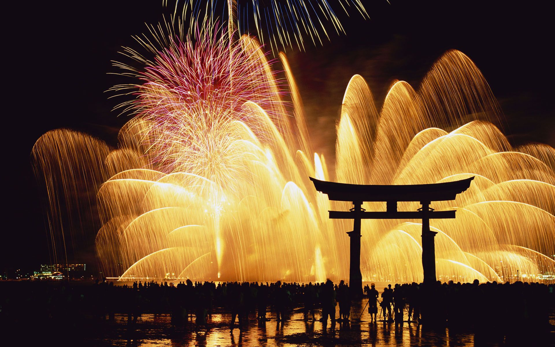 Happy New Year! Beautiful Fireworks! │ 新年快樂煙火秀 | Tommy ...