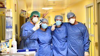 """Coronavirus, l'appello degli avvocati: """"Non fate causa ai medici"""""""