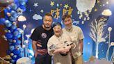 陳鎮川和兒子團聚!和老公花450萬代孕產子「我等到你了」