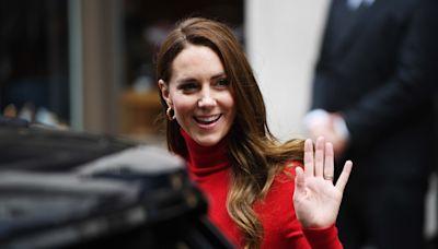 凱特王妃全身「紅通通」卻沒踩雷!鐵粉狂讚高衣品非學不可 - 自由電子報iStyle時尚美妝頻道
