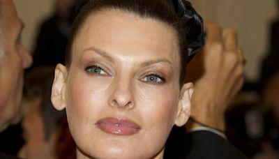 Model Linda Evangelista 'brutally disfigured' by fat-freezing procedure, she says