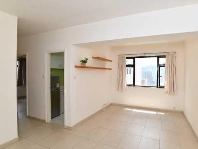 《睇樓王》:大坑台 簡潔長廳柔和舒適