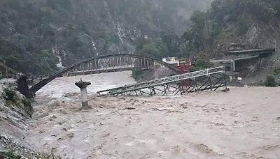 印度尼泊爾暴雨成災 兩國逾150人死亡