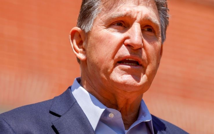 Manchin Rips Sanders over Reconciliation-Bill Op-Ed in West Virginia Newspaper