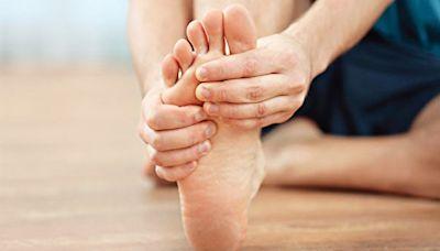 穿錯鞋致腳趾畸形?拆解槌狀趾、錘狀趾、爪狀趾 - 醫療.健康 - 營養.健康