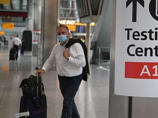 Los turistas que lleguen all Reino Unido desde España ya no tendrán que mostrar test negativo