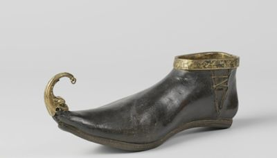 Medieval winklepicker shoes inflicted bunions on fashionable 14th-century Britons, study finds