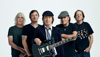 AC/DC Flick the Switch on Power Up