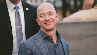 Just How Rich Are Jeff Bezos, Donald Trump and These Other Big Names?