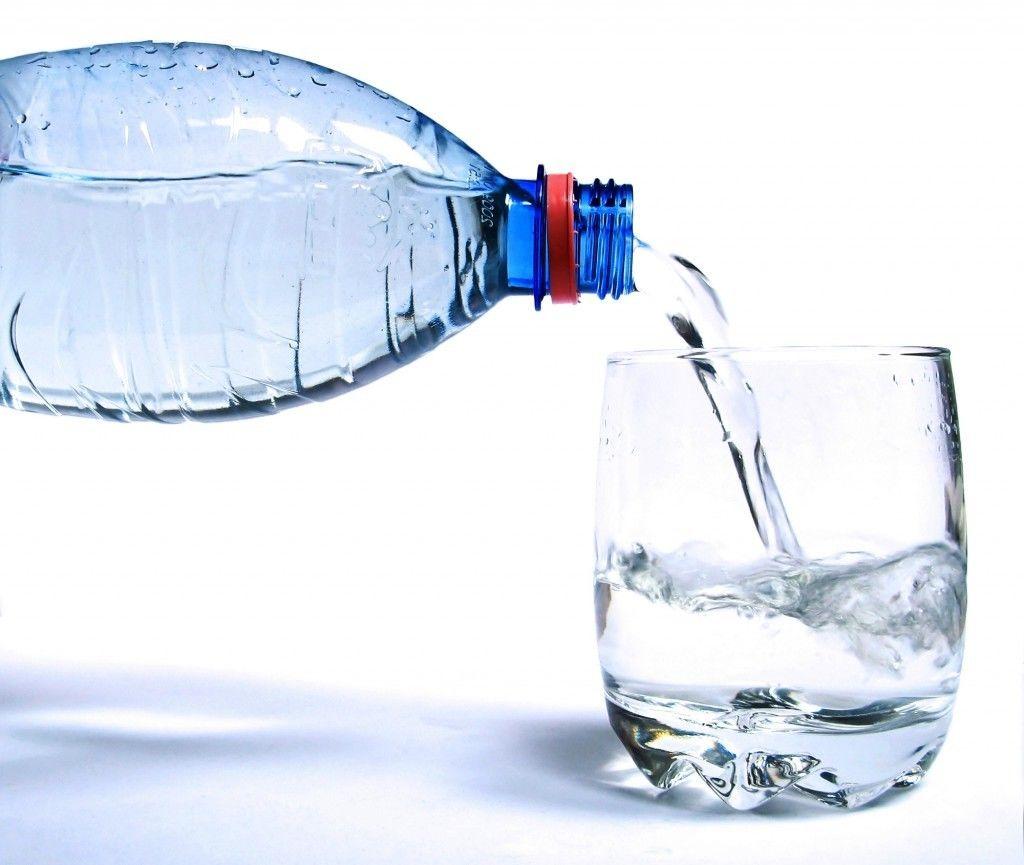 Plástico, vidro ou alumínio: qual a melhor garrafa para ...