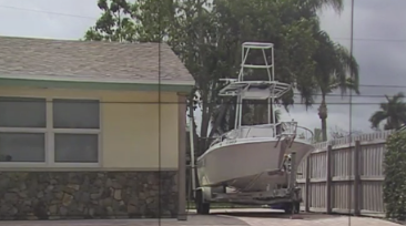 How should RV's and boats be stored at North Palm Beach homes