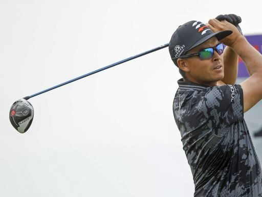 Rickie Fowler takes another positive step forward, grabs share of clubhouse lead at 3M Open