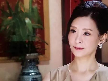 香港「最艷脫星」嫁入豪門!年過半百外遇嫩男喊:真命天子