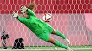 US women's soccer beats Netherlands on penalty kicks, advance to Olympic semi-final