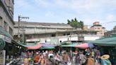 日泉商店、八里黑毛豬、怪老子青草茶 蘆洲中山市場的最後身影