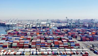 Empty shipping containers pile up in LA while China has shortage