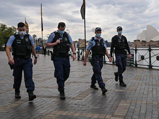 回不了的家──澳洲防疫鎖國18個月的代價 - 報導者 The Reporter