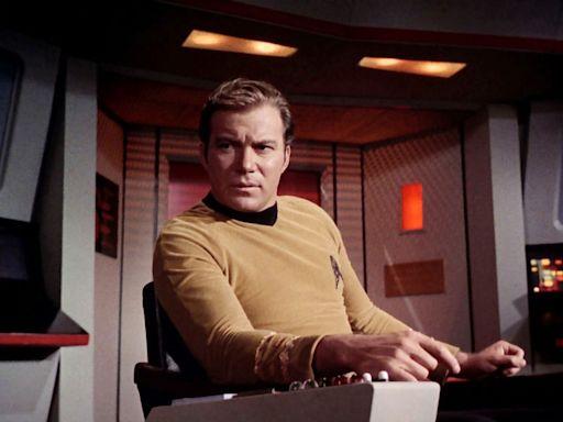 'Beam me up, Jeff': William Shatner going to space in Jeff Bezos' Blue Origin: report