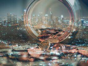 股市高檔震盪 可用高收益債增添攻防力