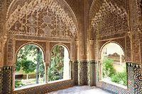 Alhambra | fortress, Granada, Spain | Britannica.com