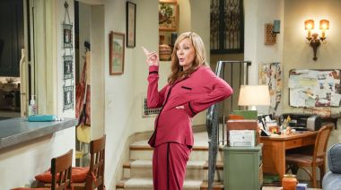"""Allison Janney Gives Fans Preview Of 'Mom' Season 8, Shows New COVID Measures: """"It's A Whole New Territory"""""""