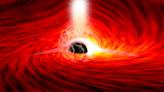 證實廣義相對論扭曲空間的方式,首發現來自黑洞後方的光