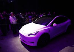 Tesla's Model Y Gets High Marks From a Critic Musk Respects