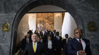 Pompeo in Africa visit praises Angola's moves against graft
