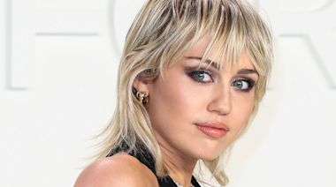 Miley Cyrus Once Made 'Eye Contact' With an Alien After Being 'Chased' by a UFO