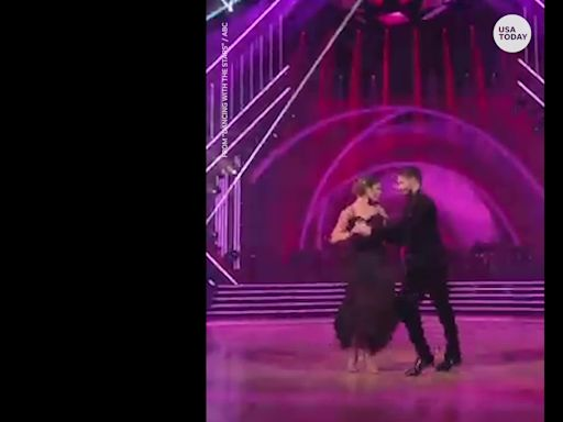 'Dancing With the Stars' recap: Sean Spicer gets the judges' boot
