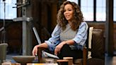 'The View's' Sunny Hostin Criticizes Chicago Mayor Over Missing Mask