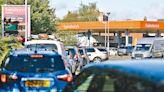 英勞工短缺 掀搶購汽油食物潮